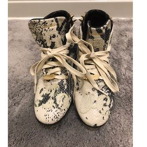 Original Melody Ehsani x Reebok Collab Sneakers